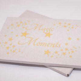 Pudełko/Koperta na zdjęcia 15×21/15×23 – z nadrukiem Magic Moments
